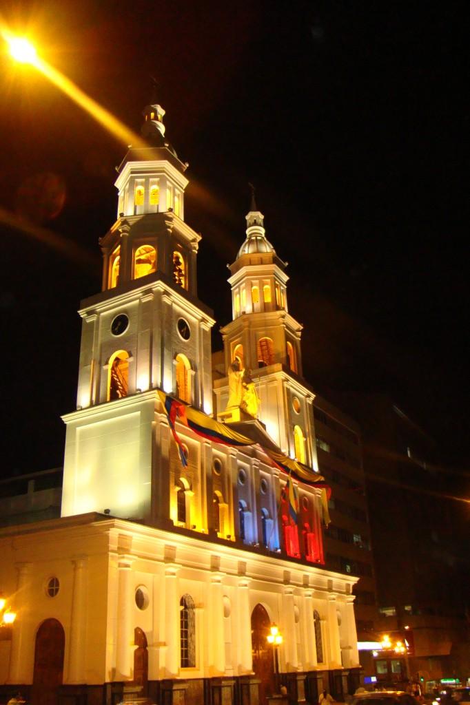 CATEDRAL-DE-LA-SAGRADA-FAMILIA.-HÉCTOR-HERNÁNDEZ-MATEUS.-682x1024.jpg